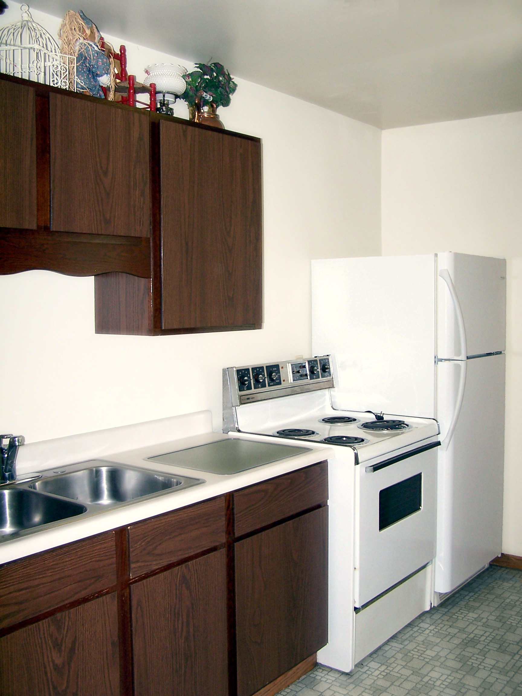 kitchens house in kitchen awesome with atlanta hotels best rooms image suites hotel of honolulu